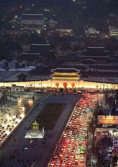 Gwanghwamun square, Seoul, Korea