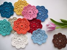 Maybelle Crochet Flower Tutorial with link to original patter & step by step pictures. by www.MyRoseValley.blogspot.com