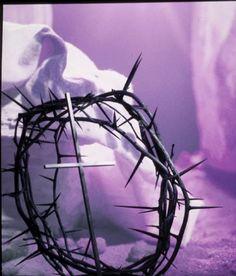 Jézus töviskoszorúja a keresztúton