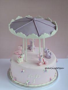 Marsispossu: Karusellikakku 1-vuotissynttäreille, Carousel cake