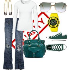 What a great look for a trendy mom... Comfort and function... My kind of outfit.