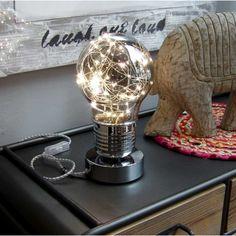 Lámpara de mesa meta