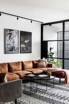 Gorgeous Living Room Ideas - Stylish Living Room Design - Page 27 of 127 - My Lovely Home Design Apartment Interior, Apartment Design, Home Living Room, Interior Design Living Room, Modern Interior, Living Room Designs, Living Room Decor, Modern Decor, Dark Living Rooms
