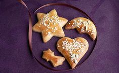 A 10 legjobb karácsonyi süti: toplista! - Dívány Gingerbread Cookies, Sugar, Desserts, Food, Gingerbread Cupcakes, Tailgate Desserts, Deserts, Essen, Postres