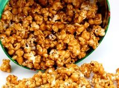 Caramel Popcorn ~ Healty Food Recipes, Diet Tips, Desserts And A Lot Popcorn Recipes, Snack Recipes, Dessert Recipes, Snacks, Desserts, Cooking Recipes, New Recipes, Favorite Recipes, Bar A Bonbon