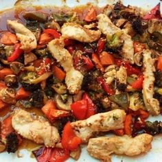Sesame chicken with vegetables from the plate - Rezepte Fleischgerichte - Chicken Recipes Easy Smoothie Recipes, Snack Recipes, Dinner Recipes, Cooking Recipes, Leaf Vegetable, Vegetable Recipes, Chicken Recipes, Carb Free Recipes, Healthy Snacks