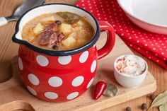 Czech Recipes, Ethnic Recipes, Salty Foods, Food 52, Cheeseburger Chowder, Recipies, Food And Drink, Treats, Cooking