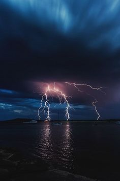 Lightning photo in the night sky. Beautiful night sky on lake. Thunder And Lightning, Lightning Storms, Lightning Cloud, Lightning Strikes, Natural Phenomena, Nature Wallpaper, Storm Wallpaper, Amazing Nature, Pretty Pictures
