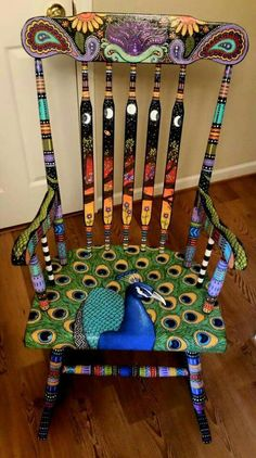 42 upcycling ideas on how to decorate and paint old chairs .- 42 Upcycling Ideen, wie man alte Stühle dekorieren und bemalen kann decorate old chairs spice up furniture upcycling ideas diy ideas decorating ideas craft ideas 39 -