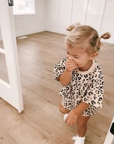 Infant Toddler Baby Boy Girl Clothes Leopard Outfit Short Sleeve Pocket T-Shirt Top and Shorts Clothing Fashion Kids, Baby Girl Fashion, Toddler Fashion, Toddler Outfits, Look Fashion, Children Outfits, Fashion 2020, Fashion Fashion, Fashion Women