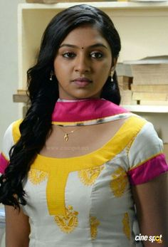 Lakshmi Menon (actress) Photos - Lakshmi Menon Sexy in Salwar Beautiful Girl Indian, Most Beautiful Indian Actress, Beautiful Girl Image, Indian Actress Hot Pics, Indian Actresses, Beauty Full Girl, Beauty Women, Women's Beauty, India Beauty