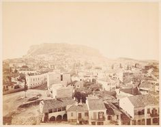 plaka from acropolis Athens History, Greek History, Los Angeles Museum, Getty Museum, Old City, Large Art, Old Photos, Worlds Largest, Paris Skyline