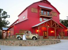 Oak Knoll Ranch Three Skillet Rd, Springtown, Texas 76082 Get hitched in Texas:) Springtown Texas, Ranch Farm, Barn Houses, Austin Homes, Eat Fruit, Rv Parks, Skillet, Barns, Brewery