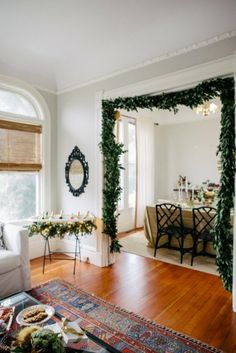 Christmas Decoration with natural materials. Natural Christmas Ideas