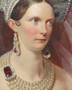 """Big girls need big pearls!My last two posts featuring art details, """"Gloves in Art"""" were well liked by many of you and, since I am a huge… Jewelry Art, Vintage Jewelry, Jewellery, Ballet Costumes, Vintage Gowns, Royal Jewels, Detail Art, Men Necklace, Chandelier Earrings"""