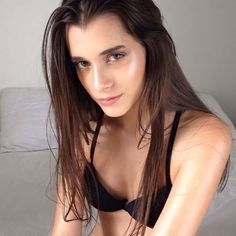 Taina Barbosa linda maravilhosa