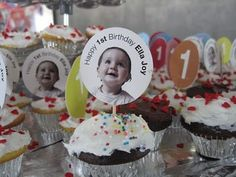 cupcake with personalized photo toppers