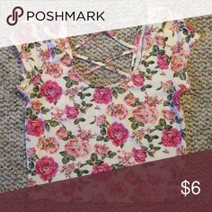 """Floral Crop Top Scoop neckline in front, criss cross back. Worn once or twice, good condition! 16.5"""" top to bottom, 14.5"""" across. Forever 21 Tops Crop Tops"""