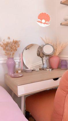 Room Design Bedroom, Room Ideas Bedroom, Small Room Bedroom, Bedroom Decor, Pinterest Room Decor, Chill Room, Pastel Room, Indie Room, Minimalist Room