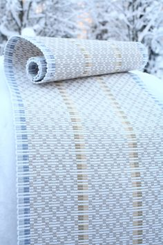 Bolster Covers, Teneriffe, Color Studies, Weaving Patterns, Loom Weaving, Loom Knitting, Woven Rug, Arts And Crafts, Sewing