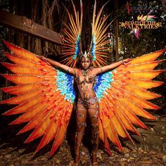 is an incredible tale of the phenomenal women known as the choosers of the . - Inspiration - This is an incredible tale of the phenomenal women known as the choosers of the . Carribean Carnival Costumes, Trinidad Carnival, Caribbean Carnival, Brazil Carnival Costume, Brazilian Carnival Costumes, Showgirl Costume, Costume Carnaval, Samba Costume, Carnival Girl