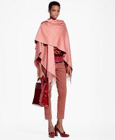 Loving this cashmere wrap! Click to shop! 💋💋