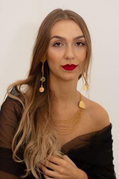 Photography: Petra Style and Design Jewellery design: Petra Meiren Jewellery Artist Portfolio, Photography Workshops, Petra, Couple Photography, Jewelry Design, Jewellery, Portrait, Image, Style