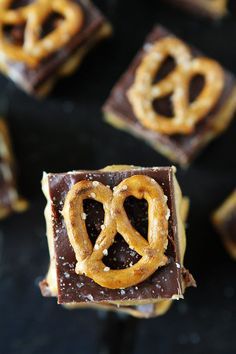Salted Caramel Pretzel Fudge Recipe on twopeasandtheirpod.com This easy microwave fudge is the BEST! It is a great treat for the holidays or anytime!