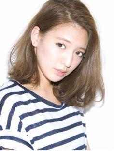 ガーデントウキョウ(GARDEN Tokyo) 【GARDEN JYO】耳にかけた時の素敵度はカットで決まる ミディ Medium Hair Styles, Short Hair Styles, Short Braids, Hair Arrange, Salon Style, Japanese Beauty, Long Bob, Medium Long, About Hair