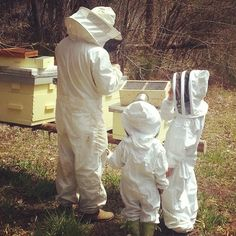 You're never too young to learn about bees and beekeeping Hives And Honey, Honey Bees, Beekeeping For Beginners, Buzz Bee, Bee House, Bee Do, I Love Bees, Bee Friendly, Save The Bees