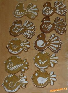 Cool Gingerbread Houses, Gingerbread Cookies, Christmas Cookies, Fancy Cookies, Sugar Cookies, Cookie Decorating, Christmas Decorations, Create, Wafer Cookies