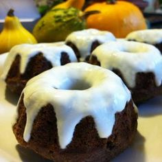Mini Gingerbread Bundt Cakes-gluten free