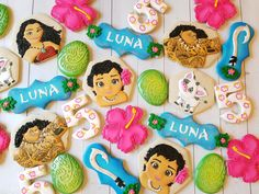 This Moana Personalized Custom Decorated Cookies is just one of the custom, handmade pieces you'll find in our cookies shops. Moana Birthday Party Theme, Moana Themed Party, Moana Party, 2nd Birthday Parties, Moana Cookies, Festa Moana Baby, Cookie Flavors, Edible Glitter, Alice