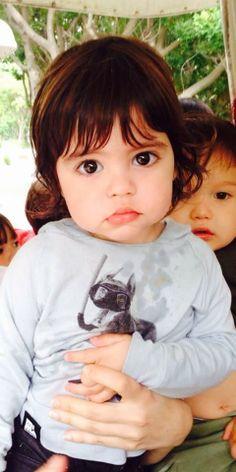 """Shakira Compartilha Foto de Milan, Seu """"Bebezinho"""" http://evpo.st/1mRtiOJ"""
