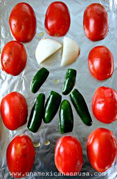 Cómo hacer salsa roja sin molcajete – Una Mexicana en USA Mexican Salsa Recipes, Habanero Sauce, Slow Cooker Chicken Tacos, Nom Nom, Favorite Recipes, Meals, Dinner, Sauces, Vanilla