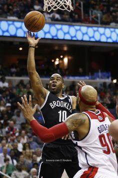 Sp000rts: ويزاردز يهزم نتس بدوري السلة الأمريكي