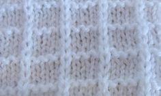 Простой вафельный узор  спицами. Simple knitting pattern.