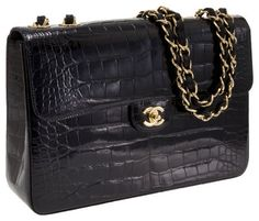 2e8815617ff51 Millionairess of Pennsylvania Street Style - CROCODILE CHANEL - only a  classic Chanel black handbag will. Cheap GucciWholesale Designer ...