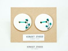 Ceramic buttons by Viruset Studio via Etsy