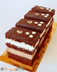 Prajitura Comandor cu ciocolata si frisca 3 Sweets Recipes, Something Sweet, Cheesecakes, Nutella, Tiramisu, Deserts, Food And Drink, Cookies, Ethnic Recipes