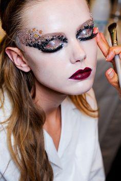 Christian Dior #VogueRussia #couture #fallwinter2011 #ChristianDior #VogueCollections