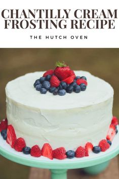 chantilly cream frosting recipe the hutch oven Mascarpone Frosting Recipe, Oreo Buttercream, Cake Frosting Recipe, Whipped Frosting, Frosting Recipes, Cake Recipes, Mascarpone Cheese, Whipped Cream, Cookies And Cream Frosting