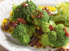 Brócoli con vinagreta de tomates secos