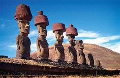 The Statues and Symbolic Gestures that Link Ancient Göbekli Tepe, Easter Island, and Other Sites Around the World Easter Island Moai, Easter Island Statues, Ancient Ruins, Ancient History, Ancient Art, Ancient Egypt, Photos Voyages, Ancient Architecture, Ancient Civilizations