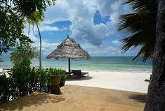 Zanzibar  JAMBANI  Situato sulla costa sud-orientale di Zanzibar, nella zona di Jambiani, il resort Villa de Coco si affaccia direttamente sulla omonima spiaggia, una delle più incontaminate di Zanzibar.