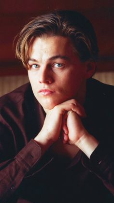 Discovered by camila aylen. Find images and videos about leonardo dicaprio and dicaprio on We Heart It - the app to get lost in what you love. Hollywood Actor, Hollywood Stars, Kate Winslet, Ganhadores Do Oscar, Leonardo Dicapro, Jack Dawson, Young Leonardo Dicaprio, Celebs, Celebrities