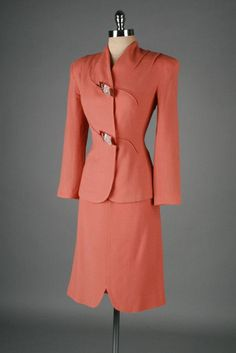 1940's Lilli Ann Rayon Crepe Suit with Bakelite & Lucite Buttons.