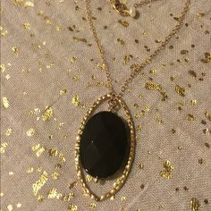 """Gold and black necklace A short, fashionable necklace that works great with both casual and dressy outfits. Chain is 16"""" around. Jewelry Necklaces"""