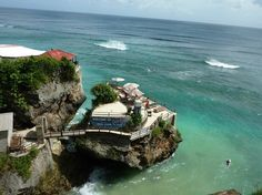 Blue Point Beach: Suluban (Blue Point) Beach, Must See Before You Die! - See 435 traveler reviews, 515 candid photos, and great deals for Ungasan, Indonesia, at TripAdvisor.