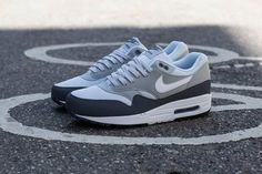 Nike Air Max Essential Quick Strike - fire up the summer and crack out the shorts, deadly colourway.